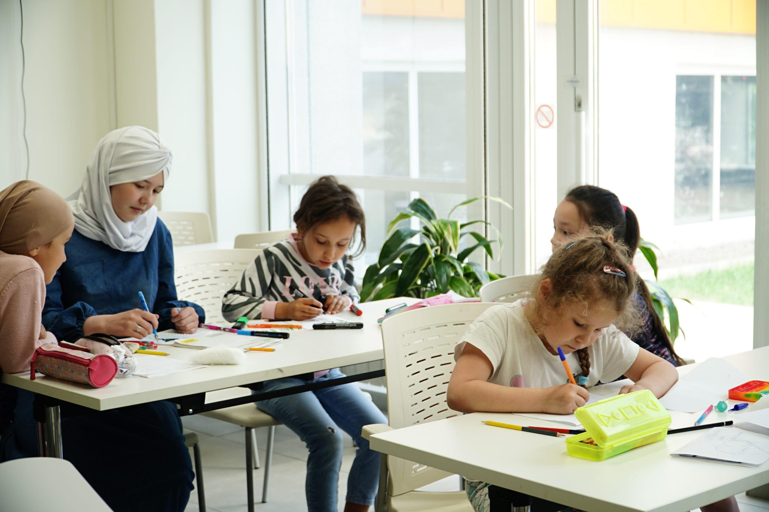 Открыт прием заявок на образовательные смены летнего лагеря «Аврора-Лето»